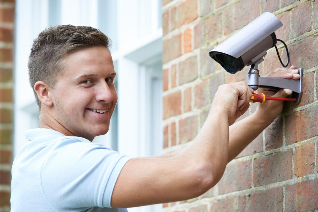 Security Tech Installs Cameras for Business